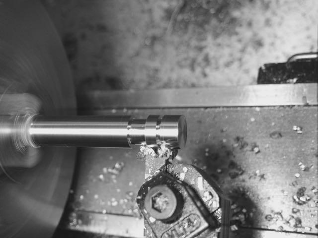 8) Grooving valve.jpg