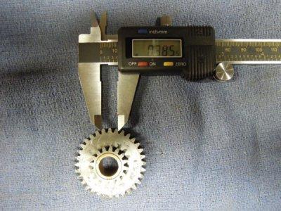 17 Large gear 3 teeth  .385  (Large).JPG