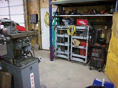 bill's garage Nov 2011 013.jpg