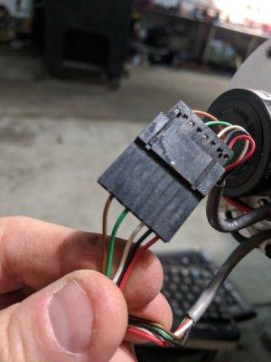 Encoder 8 pin, bottom to box.jpg