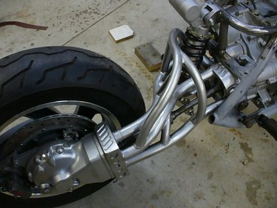 Swingarm Reassemble 012.jpg