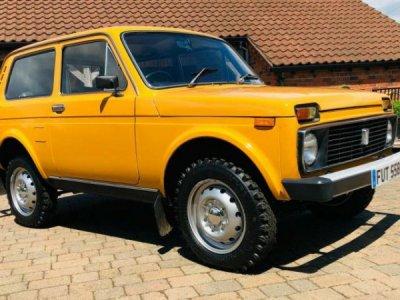 chevrolet_niva_petrol_lada_niva_1600cc_1979_rhd_restored_classic_four_wheel_drive_low_mileage_...jpg