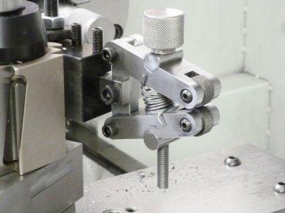 knurling tool 2.jpg