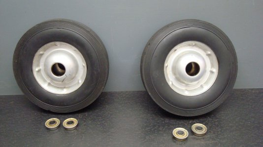 Wheels & Old Bearings.JPG
