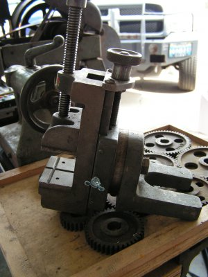 the milling attachment side view.JPG