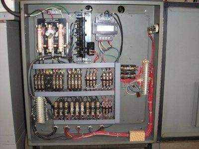 Hardinge Electrical Serial # locations 002.JPG