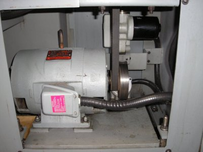 hardinge HLV-H clean up 017.JPG