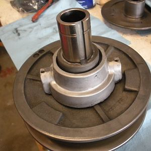 at this point the svari-disc hub can be installed on the spildle pulley hub..